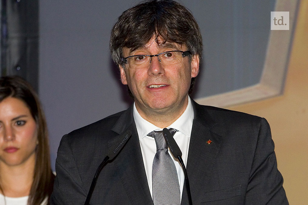 Catalogne : Carles Puigdemont officiellement candidat