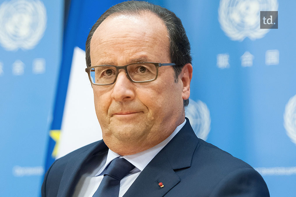 Hollande dénonce l'obstruction russe
